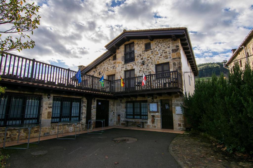 Posada y Apartamentos Trebuesto de Guriezo