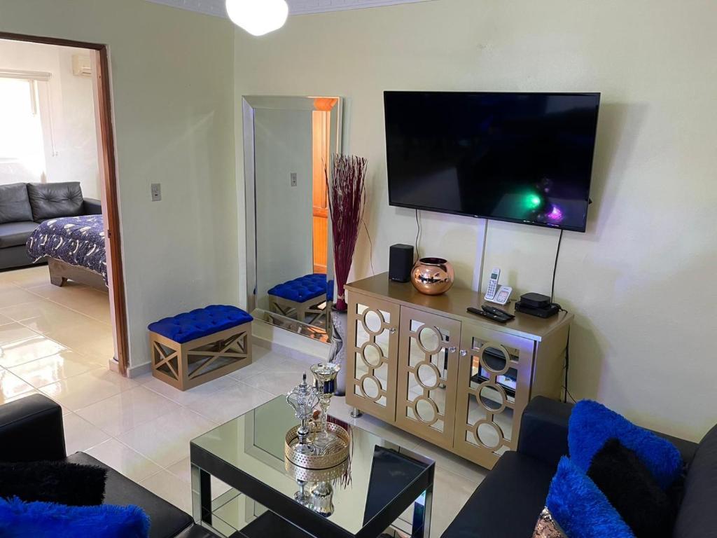 Apartamento En Santo Domingo Oeste Netflix cable wifi