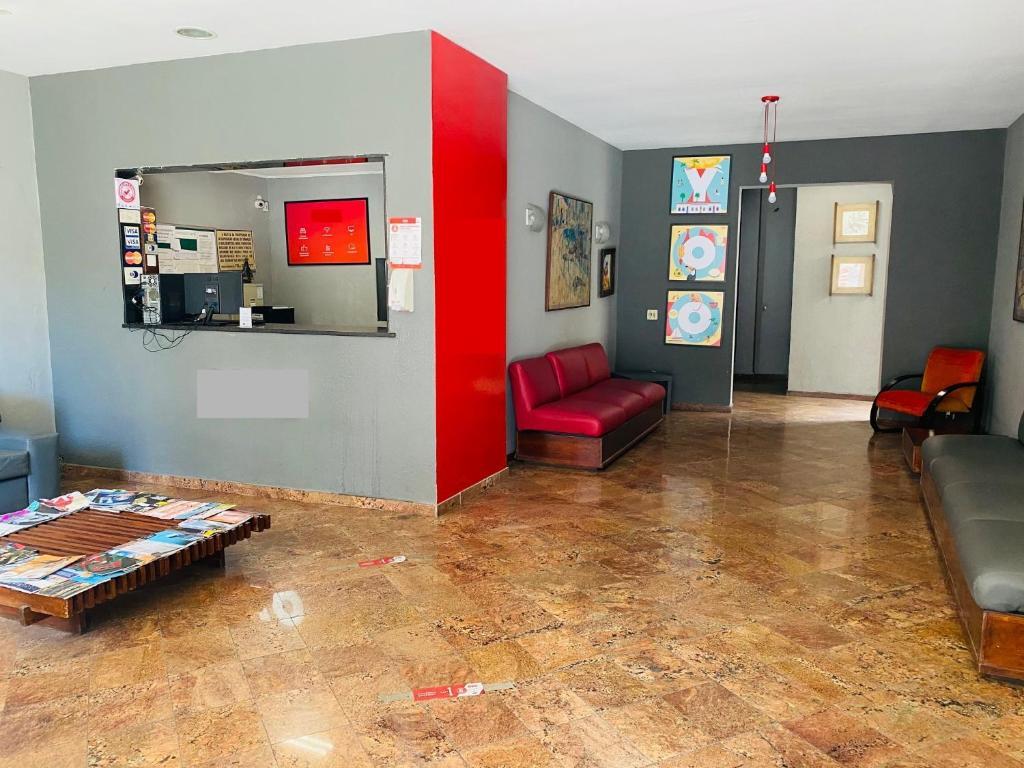 The lobby or reception area at Viareggio Hotel - Niteroi