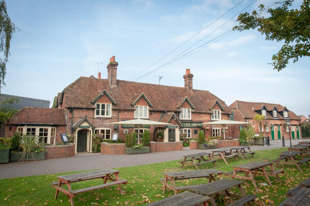The Swan by Marstons Inns - Laterooms