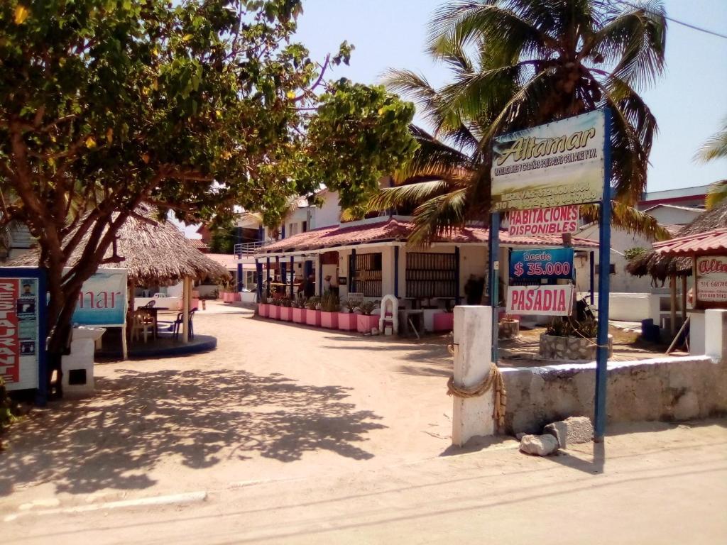 Hotel y Cabañas Altamar