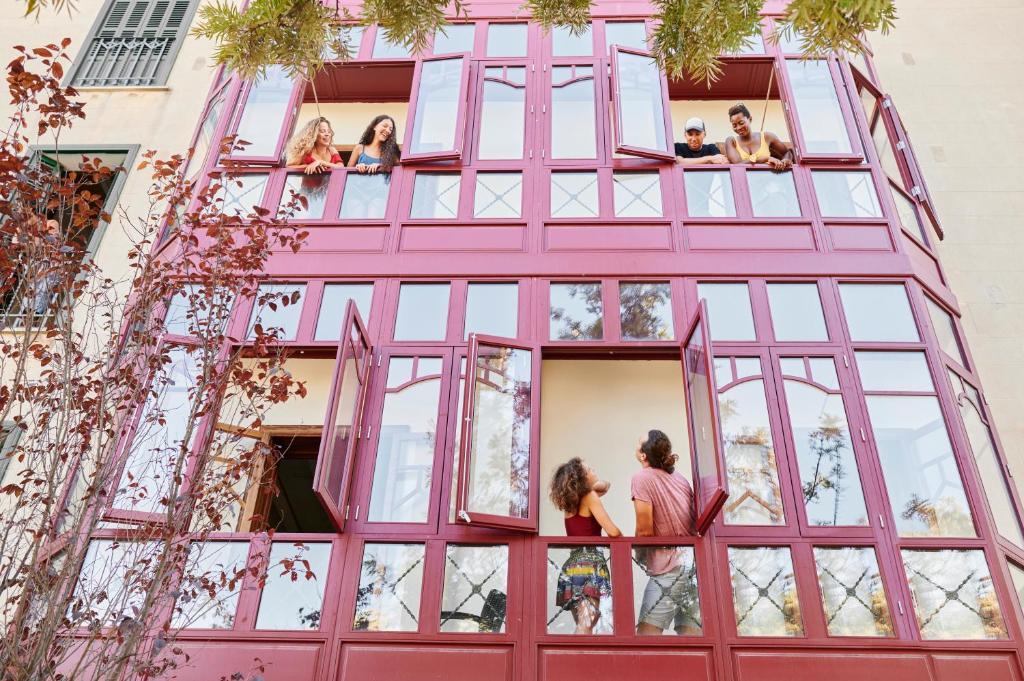 Enfants séjournant dans l'établissement The Boc Palma Hostel - Albergue Juvenil