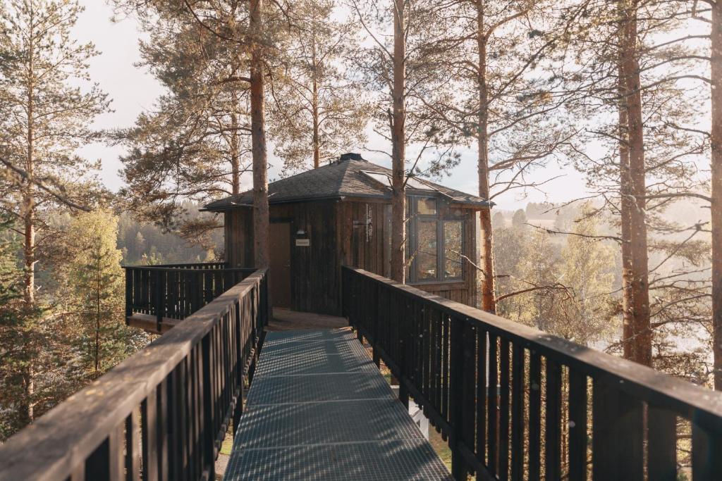 En balkong eller terrass på Granö Beckasin