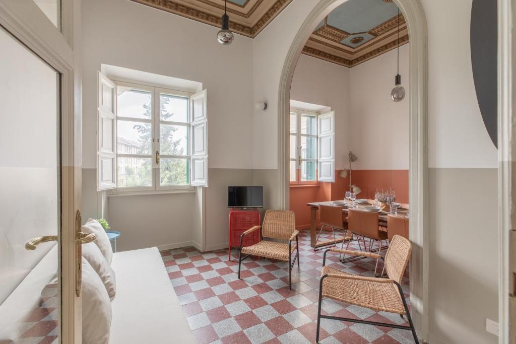 Area soggiorno di iFlat Sunny and Colorful Esquilino Apartment