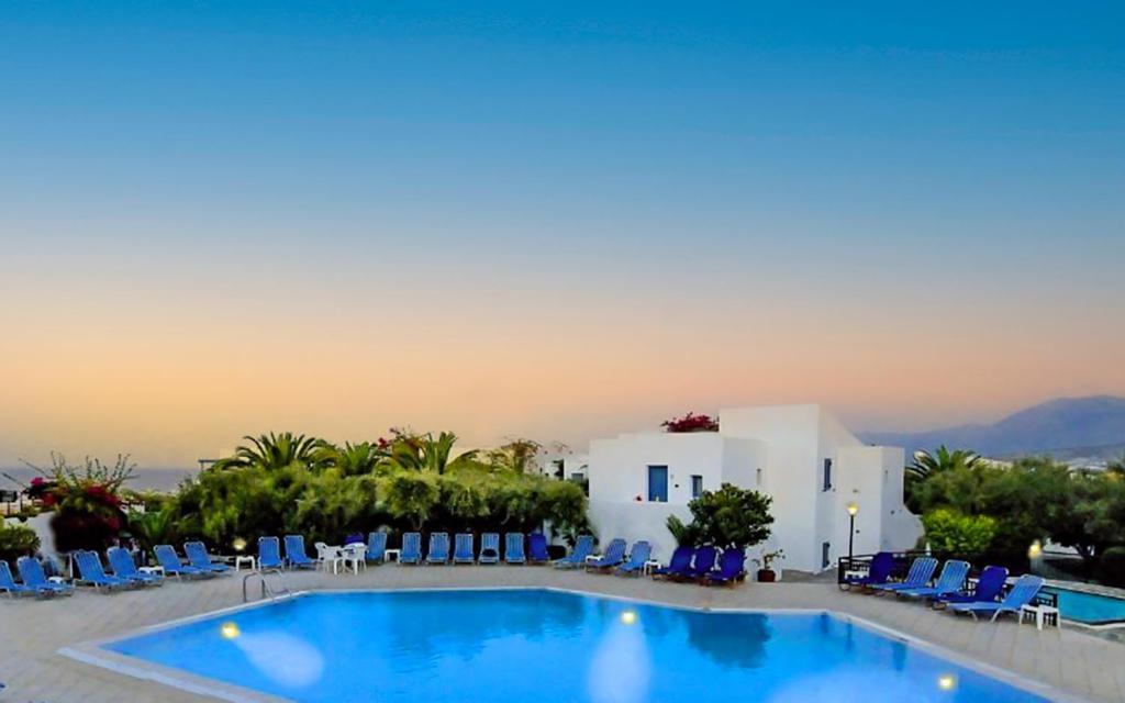 Het zwembad bij of vlak bij Palatia Village Hotel Apartments