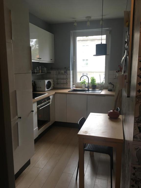 Kuchnia lub aneks kuchenny w obiekcie Apartament Wrzeszcz