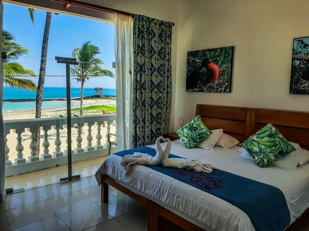 Ein Bett oder Betten in einem Zimmer der Unterkunft Hotel Albemarle