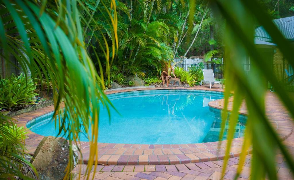 The swimming pool at or near Sunshine Coast Motor Lodge
