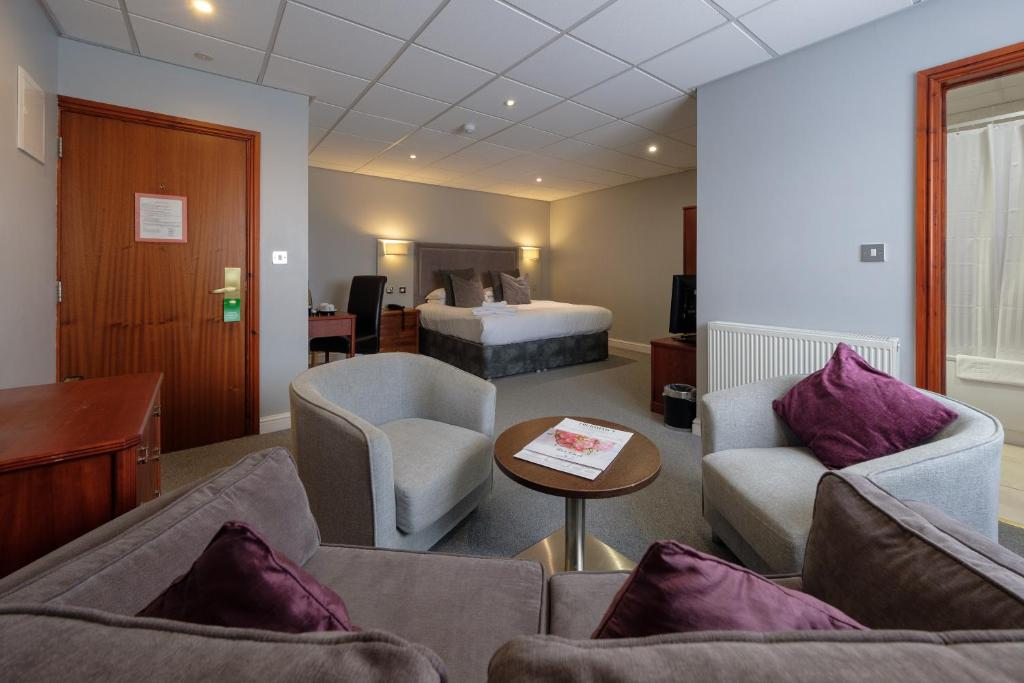 BEST WESTERN Diplomat Hotel And Spa - Laterooms