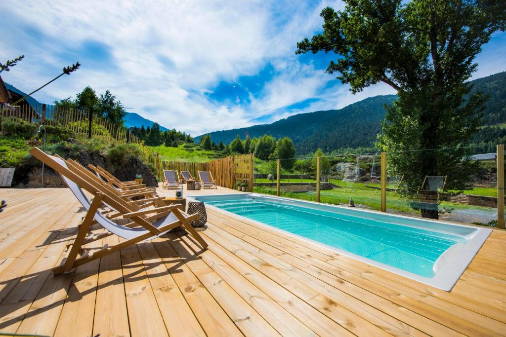 The swimming pool at or near Mountain Hostel Tarter