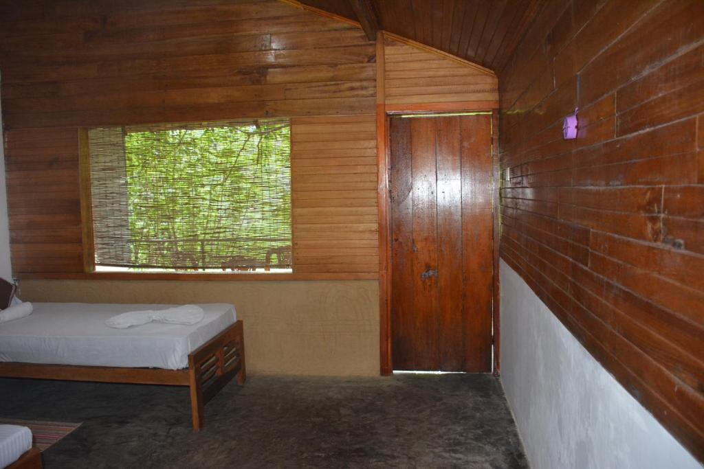 Ceylon Eco Lodge Kitulgala by Realdeal
