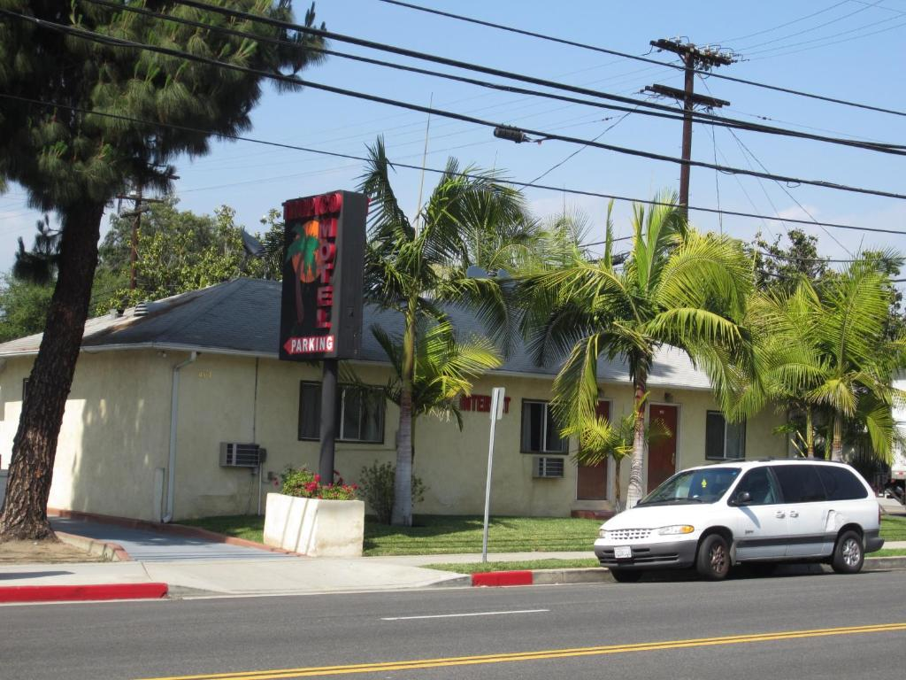 The Tropico Motel.