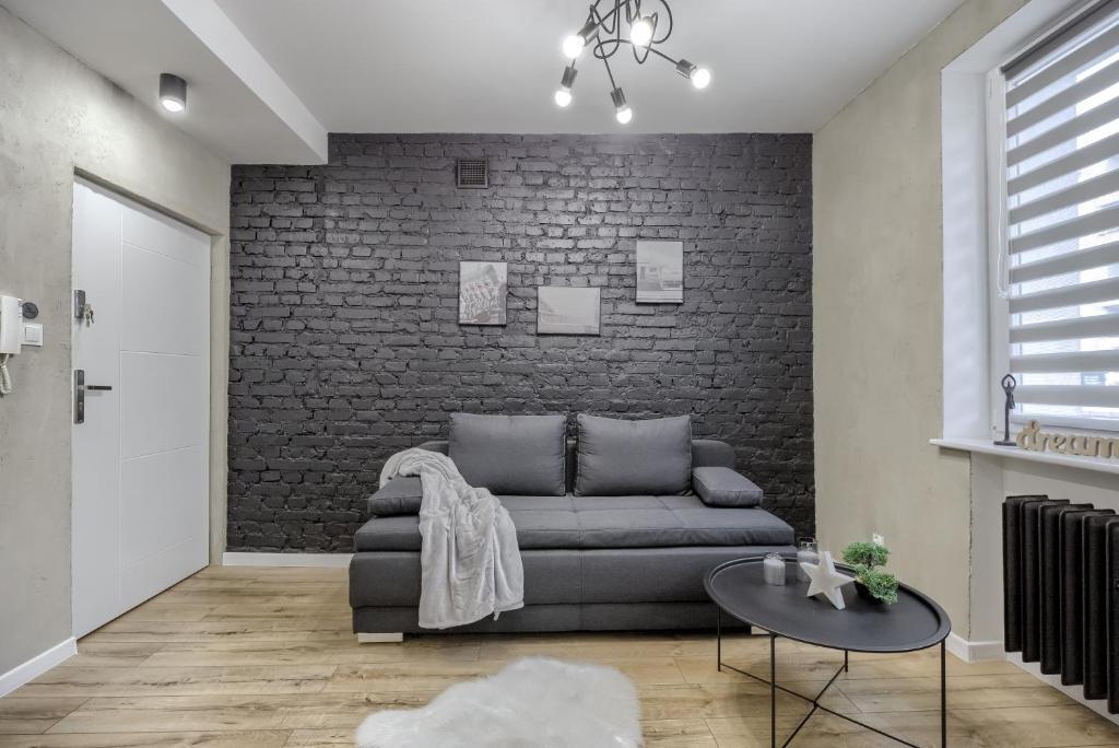 A seating area at Niron Apartamenty Spacerowa