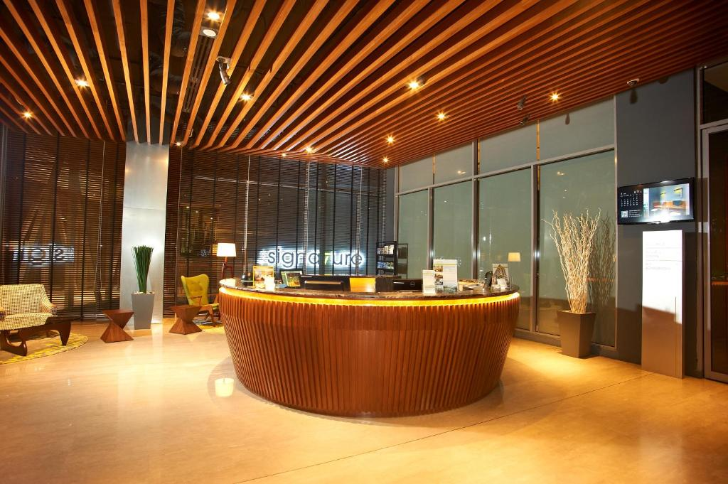 The lobby or reception area at The Signature Hotel & Serviced Suites Kuala Lumpur