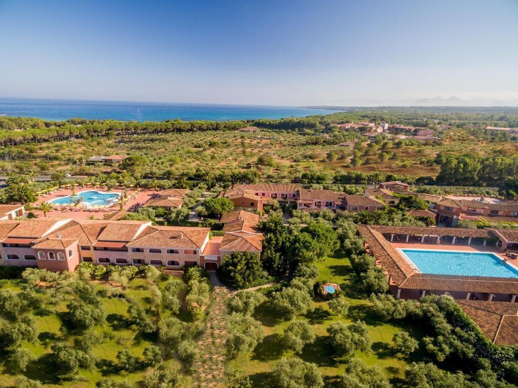 A bird's-eye view of I Giardini di Cala Ginepro Hotel Resort