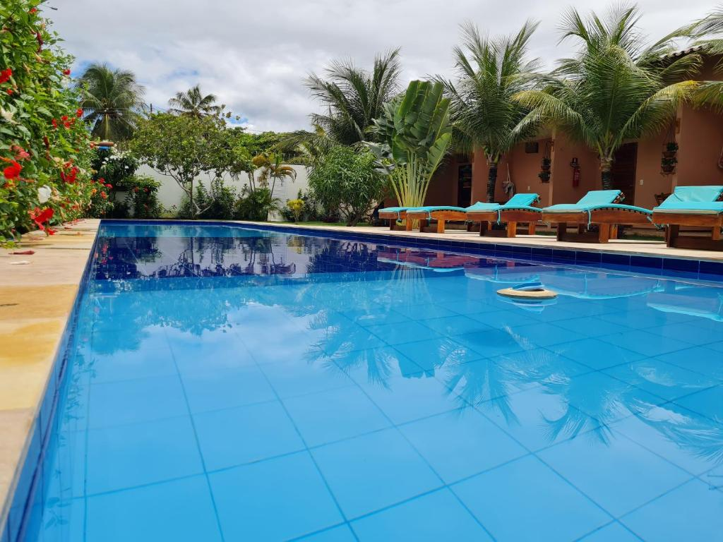 The swimming pool at or close to Pousada Bosque Cumbuco
