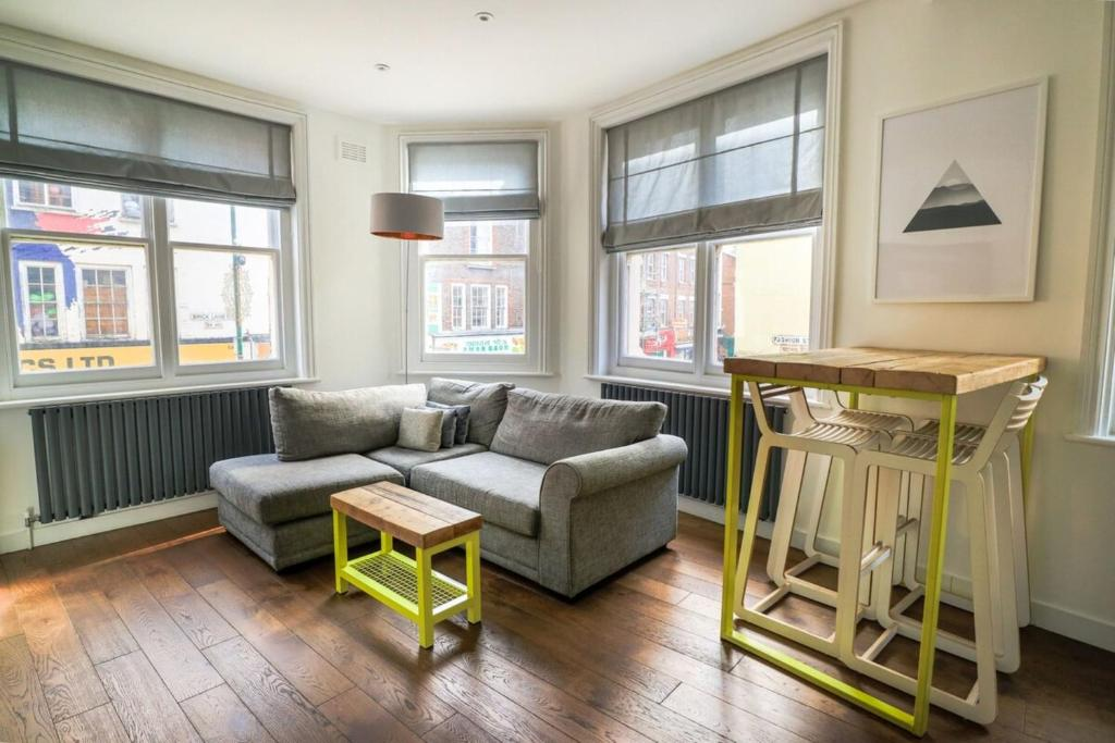 Airy Modern 1 Bed Apartment in Shoreditch