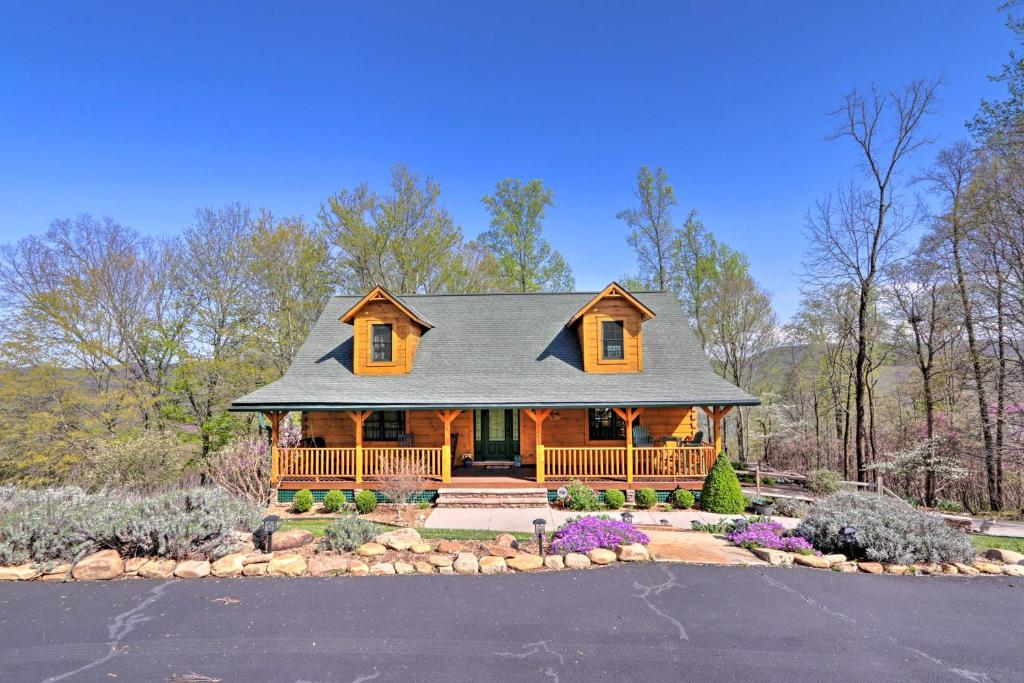 Norris Lake Area Home with Spacious Deck and View