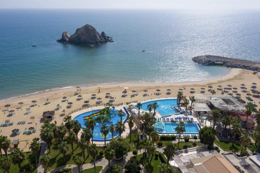 منظر Sandy Beach Hotel & Resort من الأعلى