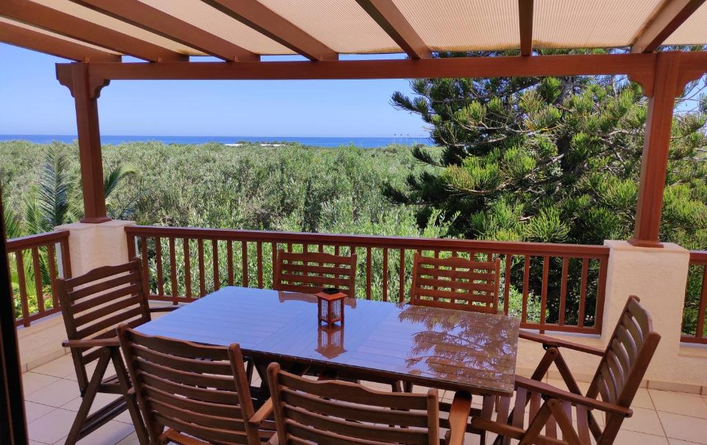 A balcony or terrace at Melia's House