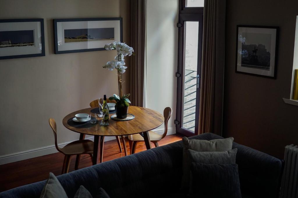 Stay Edinburgh City Apartments - Royal Mile - Laterooms