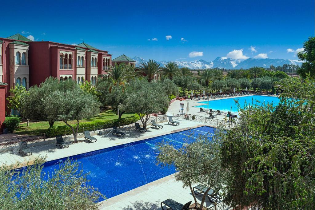 Vue sur la piscine de l'établissement Eden Andalou Suites, Aquapark & Spa ou sur une piscine à proximité