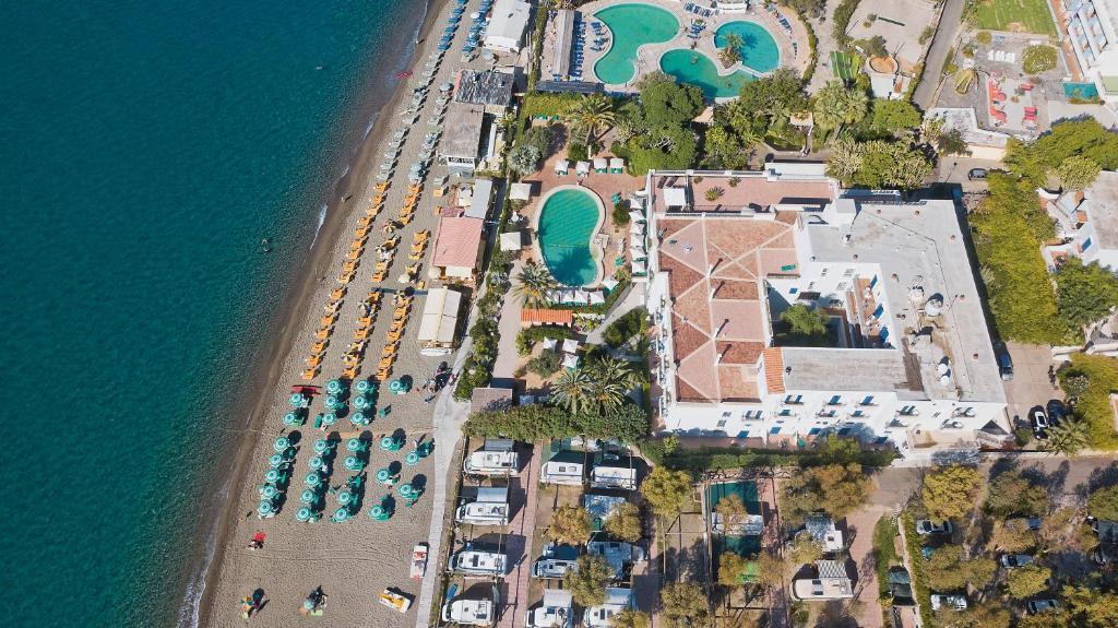 A bird's-eye view of Hotel Parco Smeraldo Terme