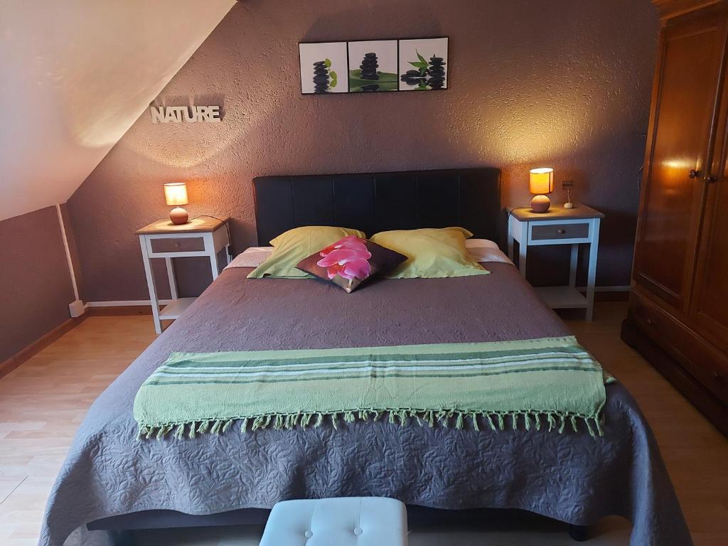 Un ou plusieurs lits dans un hébergement de l'établissement La Bonardière