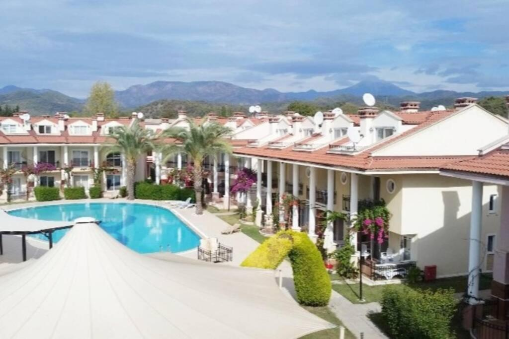 Oasis Holiday Villages-Duplex house in a luxury complex in nature