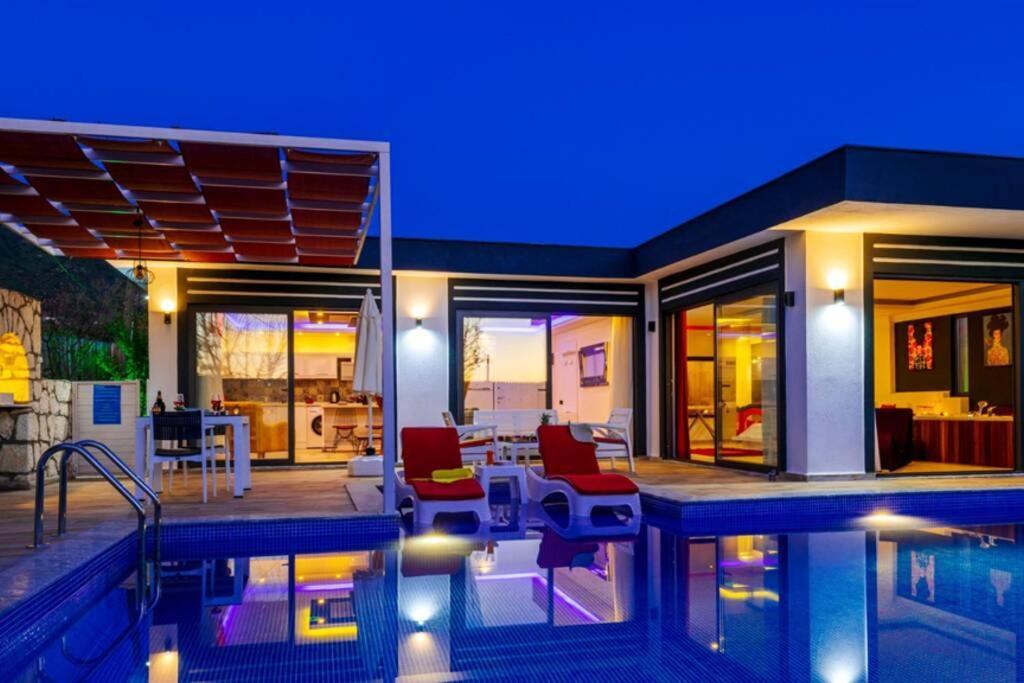 Villa Yagmur- 1 Bedroom Holiday Villa in Kalkan