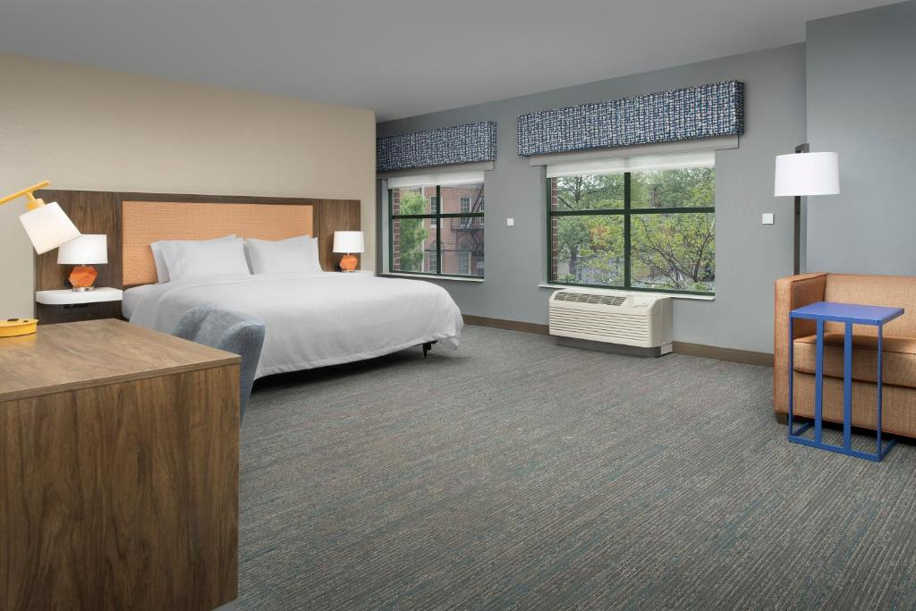 A room at the Hampton Inn Baltimore - Downtown - Convention Center.