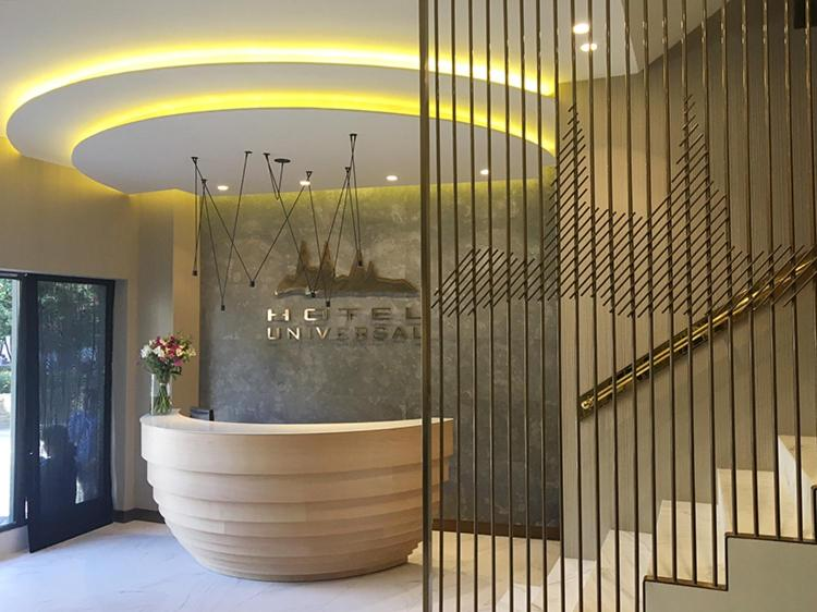 The lobby or reception area at Hotel Universal