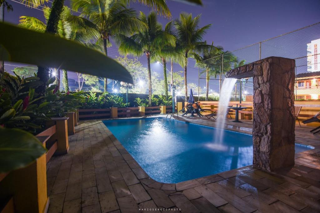 A piscina localizada em Recanto do Leo ou nos arredores
