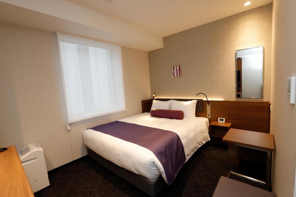A room at the KEIKYU EX INN Haneda Innovation City.