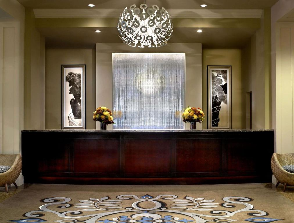 The lobby or reception area at The Alexis Royal Sonesta Hotel