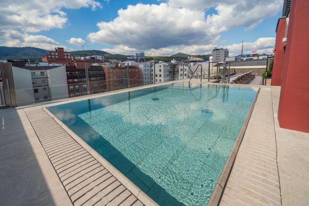 Catalonia Gran Vía Bilbao, April 2021