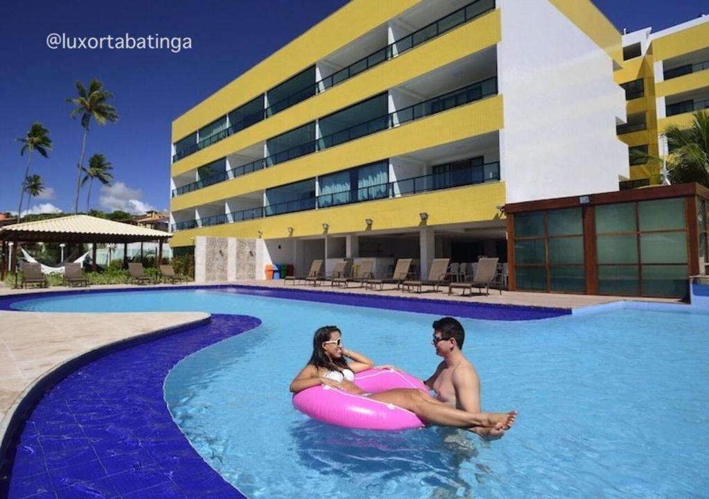 The swimming pool at or near Luxor Tabatinga Beira Mar