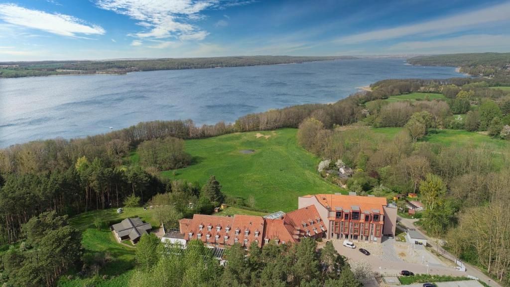 Blick auf Hotel Bornmühle aus der Vogelperspektive