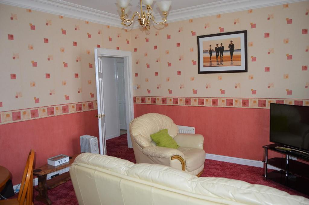 Kirk View holiday apartment in Kirkcaldy, Fife, Scotland