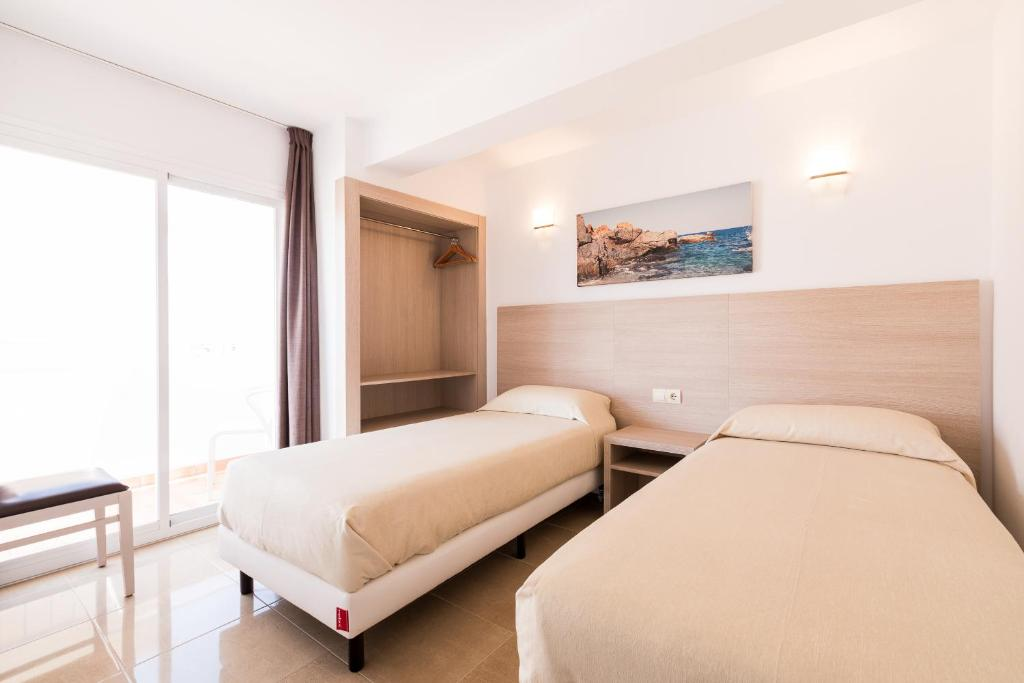 Apartamentos Mira Mola - Laterooms