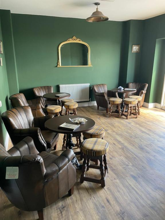 A seating area at The Nags Head - Room only accommodation