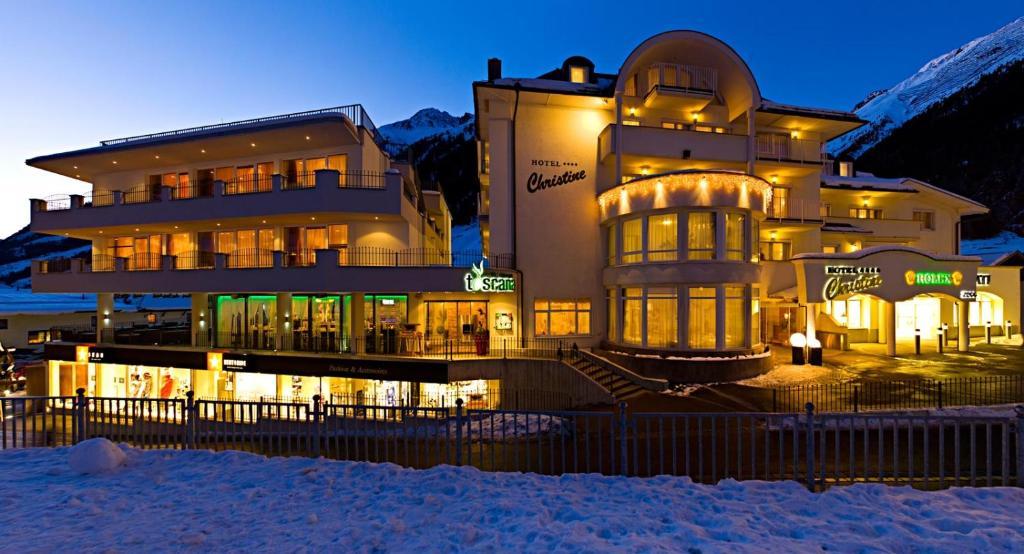 Hotel Garni Christine during the winter