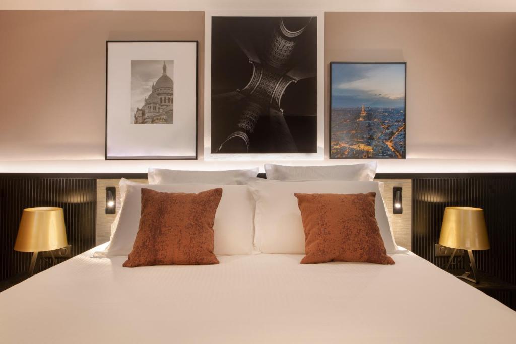 Кровать или кровати в номере Golden Tulip Paris CDG Airport – Villepinte