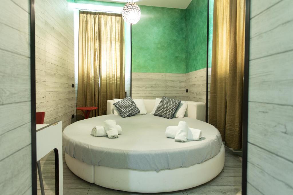 A room at the Hotel Agora.