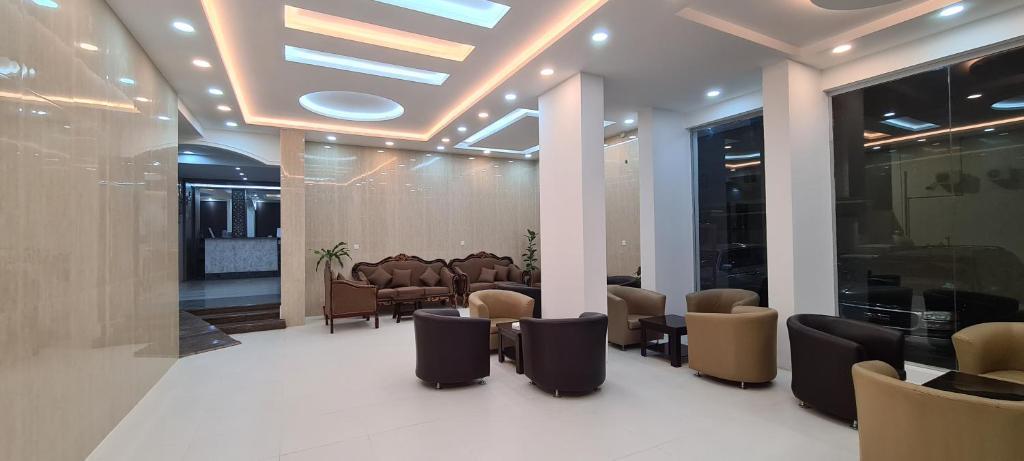 O lounge ou bar de Zain Tabuk Apartment