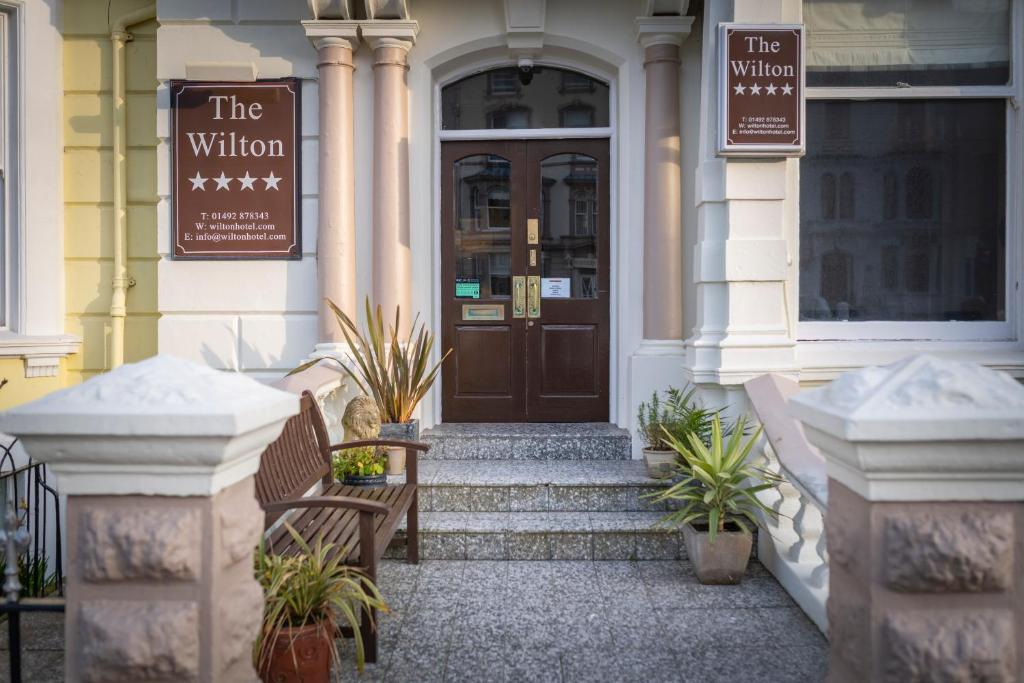 The Wilton - Laterooms