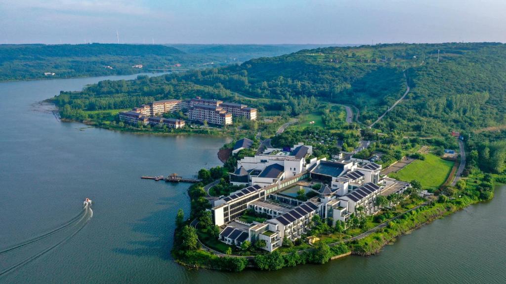 Jinling Resort Tianquan Lake