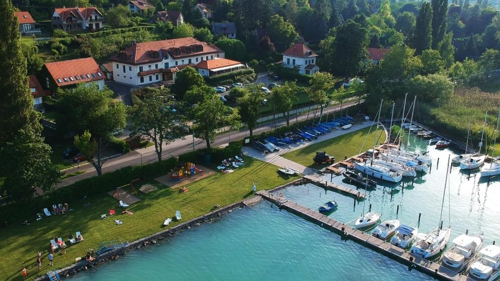 A bird's-eye view of Aquilo Hotel Panoráma