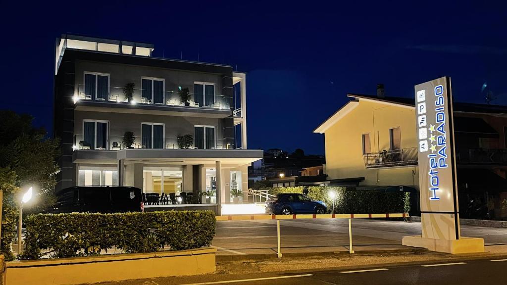 Hotel Paradiso Bardolino, Italy