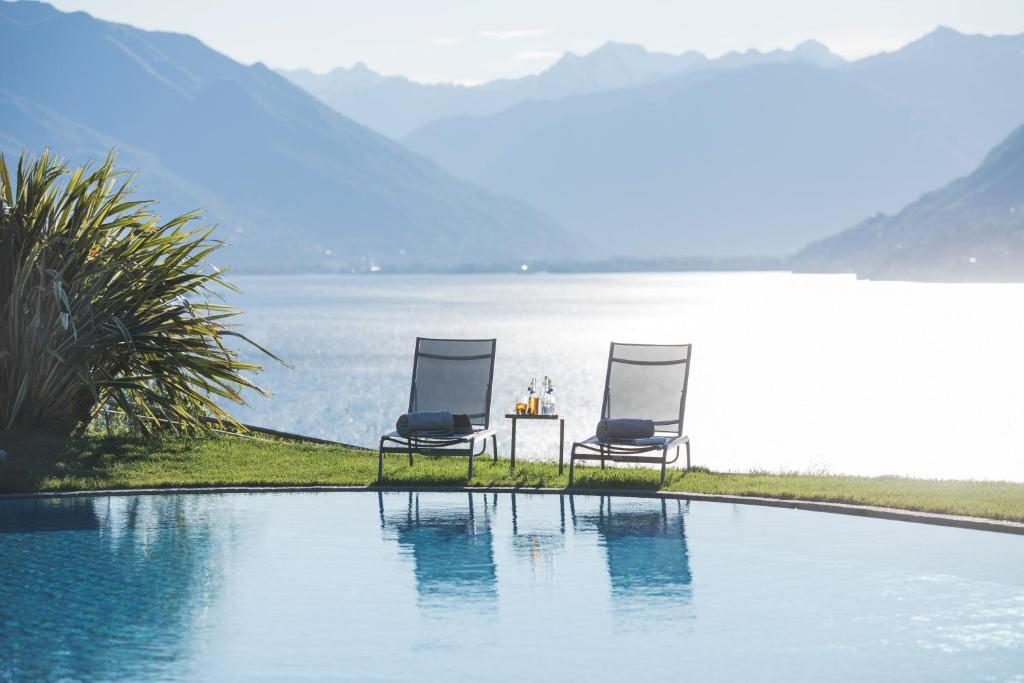 The swimming pool at or near Parkhotel Brenscino Brissago